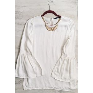 🍂NEW ARRIVAL🍂ZARA Basics White Bell Sleeve Top